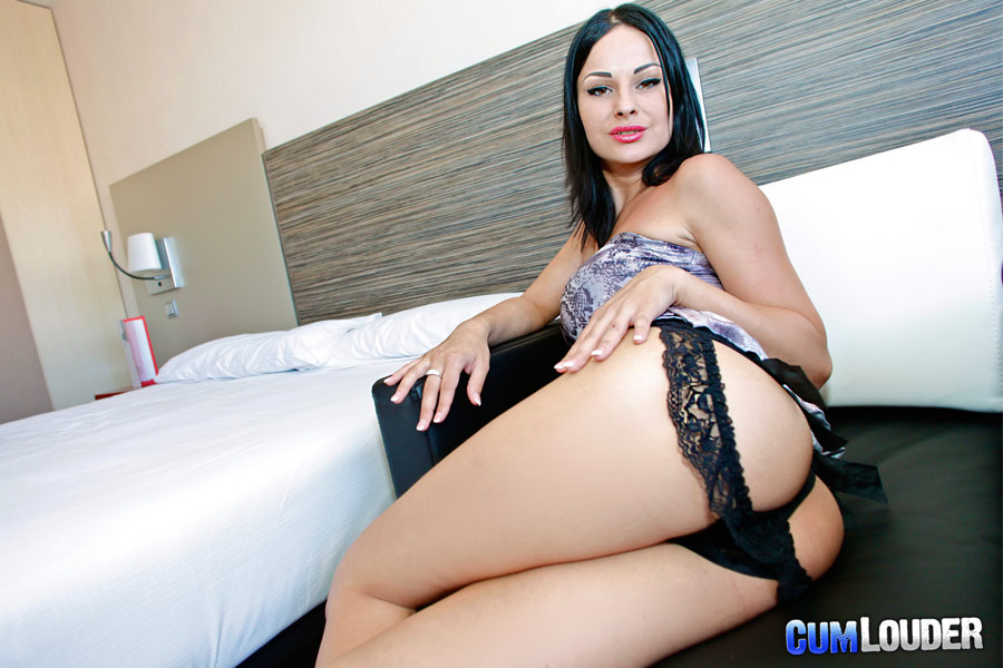 Abbie Cat Takes Dick In Her Butt From Cum Louder