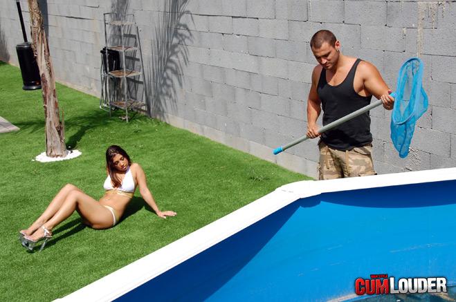 El limpia piscinas