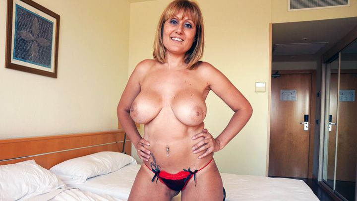 Juicy mature breasts – Nuria