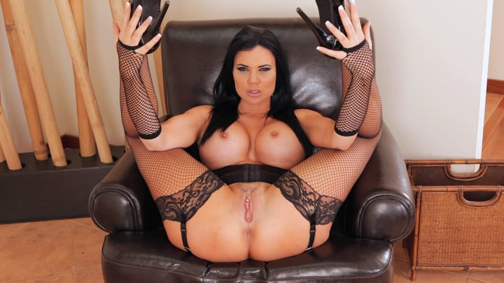 Relax and enjoy – Jasmine Jae