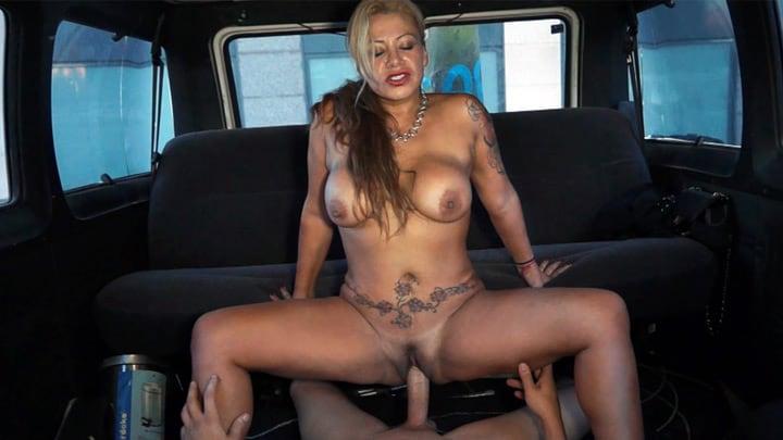 45 y o MILF burning down the van – Alexa Blun