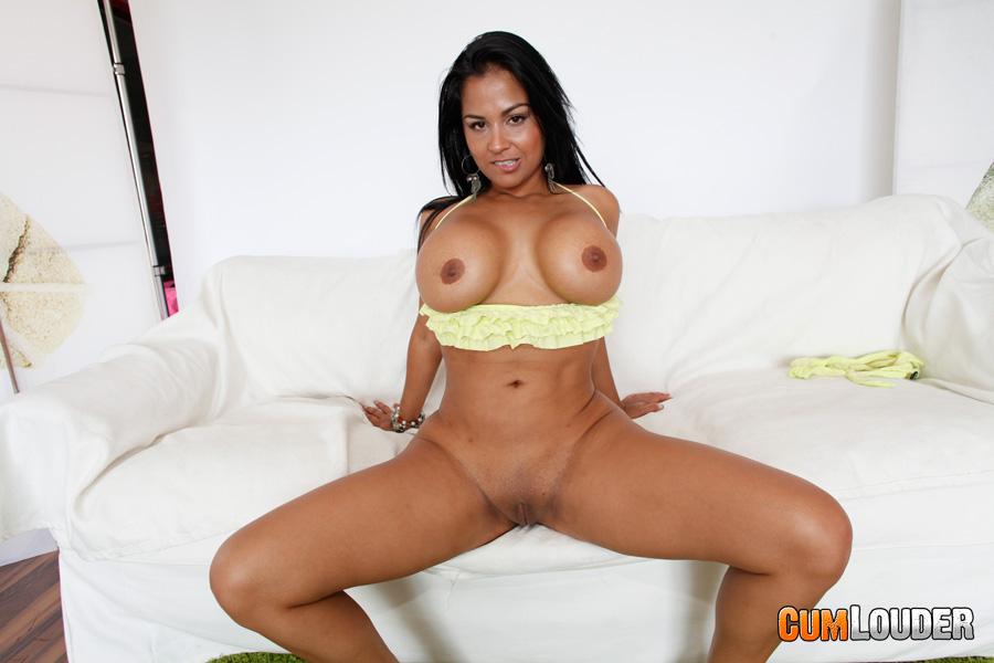 Kat latina pussy